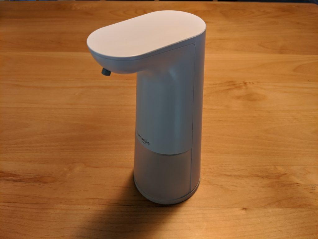 Umimileソープディスペンサーの外側はプラスチックなので、高級感はない