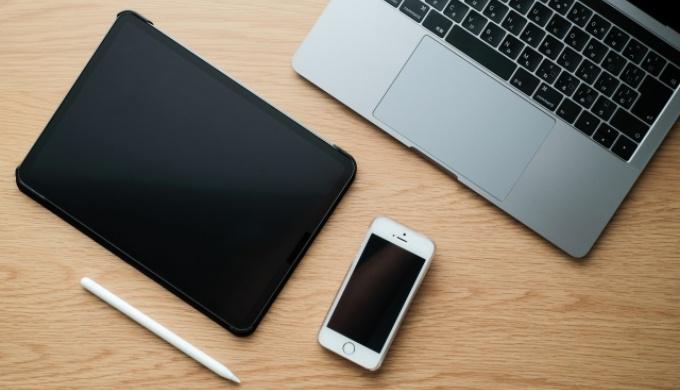 iPhone/iPadで外付けSSD/HDDは使える?おすすめの外部ストレージも紹介!のアイキャッチ画像
