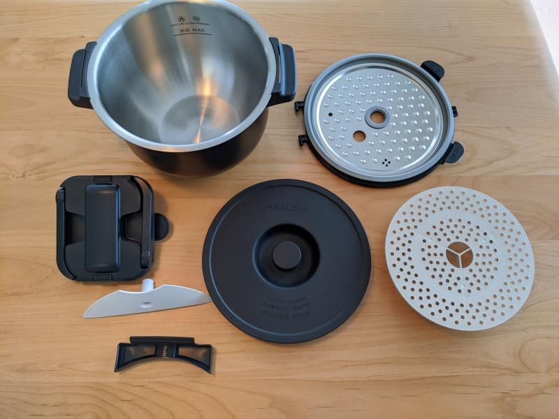 KN-HW24Eの付属品と、取り外し可能な部品は全部で7点